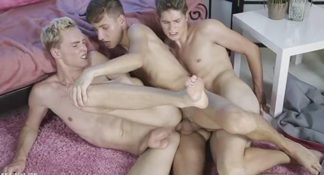 Sexo gay Com dotados