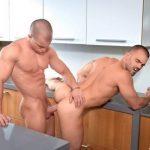 Fotos homens gostosos fazendo sexo gay na Cozinha