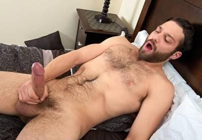 Gay Pirocudo metendo a rola no cuzinho do moreno safado